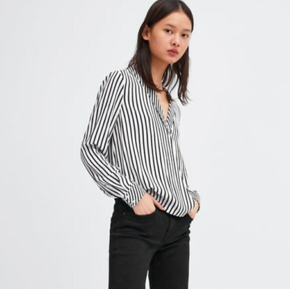 3a39523c1920 Zara black and white striped crossover blouse top.  M_5c4ff59daaa5b8262fc449dc